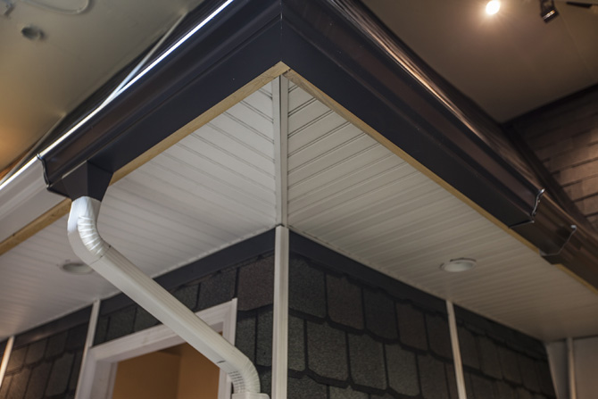 Affordable-Quality-Roofing-Vancouver-Showroom-00013